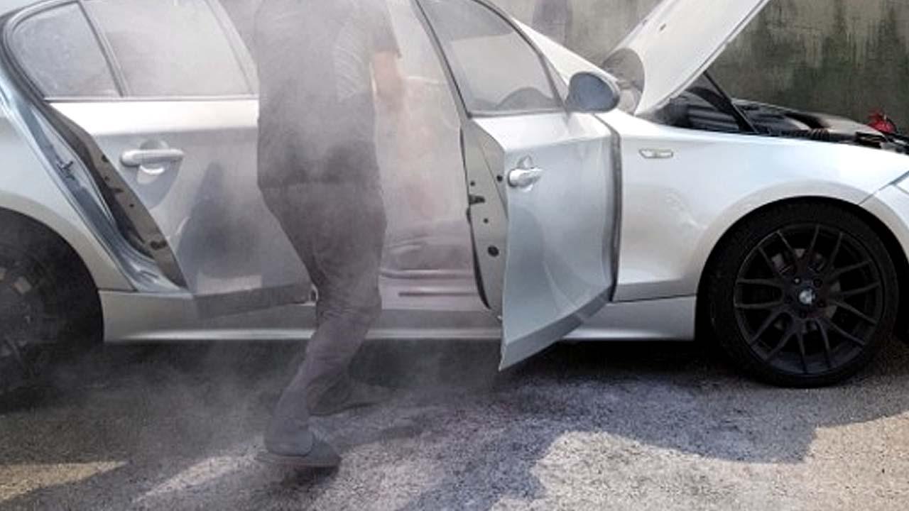 """인천에서 또 주차된 BMW 화재...""""120d 모델"""""""