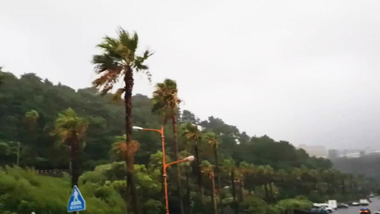 느려진 태풍 '솔릭'...내일 오전 수도권 남부 통과