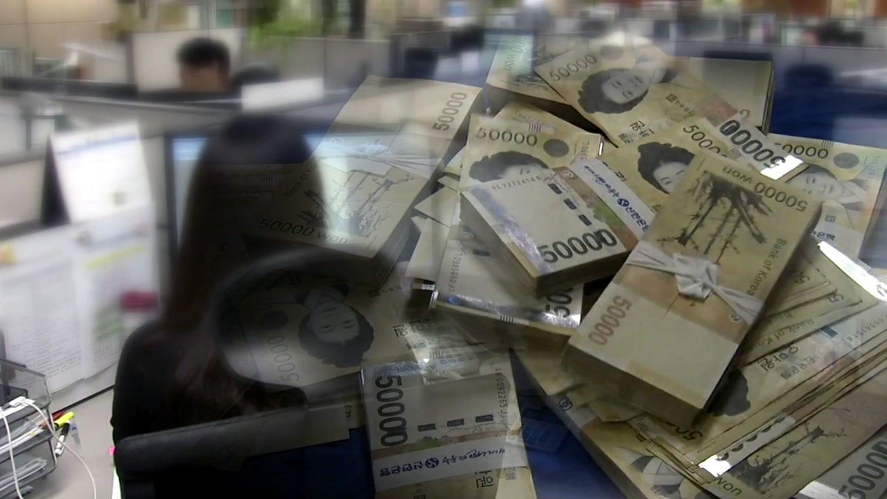 소득격차 오히려 커졌다...금융위기 이후 10년 만에 최악