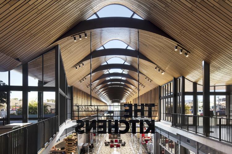 〔안정원의 건축 칼럼〕 갈비뼈를 연상케 하는 매스, 자연을 담은 쇼핑 환경과 친환경설비 3