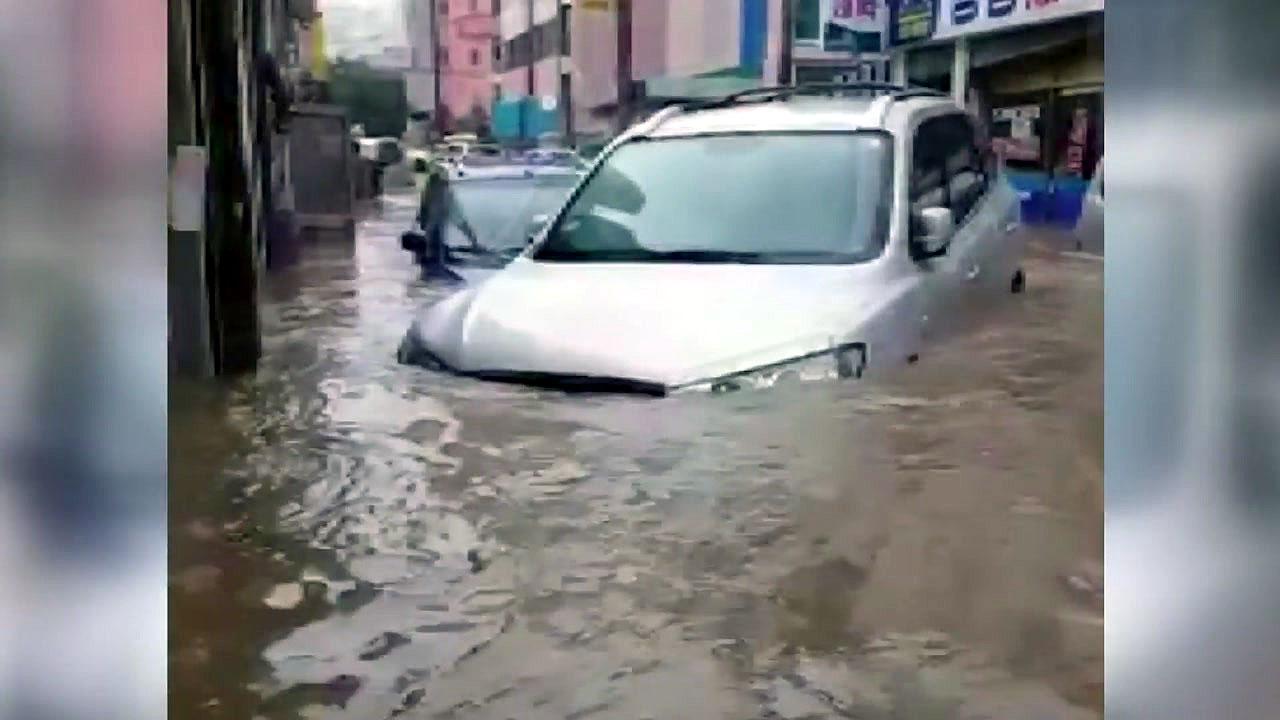 태풍 지나니 폭우...남부 피해 속출