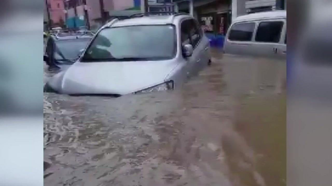 '물바다' 되어버린 도로...남부 침수 피해 잇따라