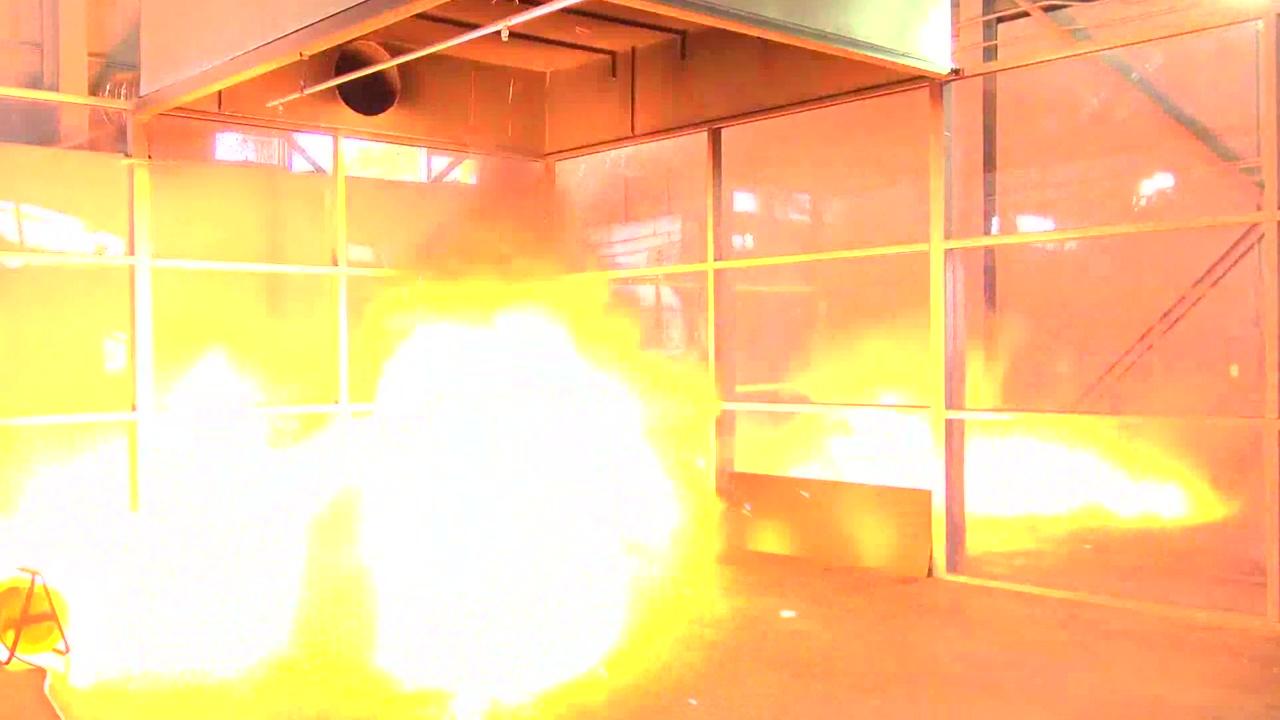 지난해 리튬배터리 화재 39건...휴대전화 충전 주의