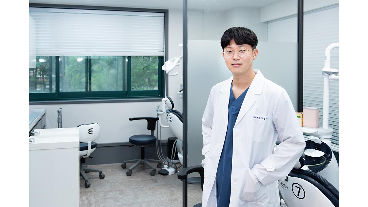 """임플란트, 디지털 장비로 하루 만에?...""""잇몸 건강 따라줘야"""""""