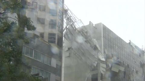 日, 태풍 제비 강타 11명 사망...공항 3천여 명 고립