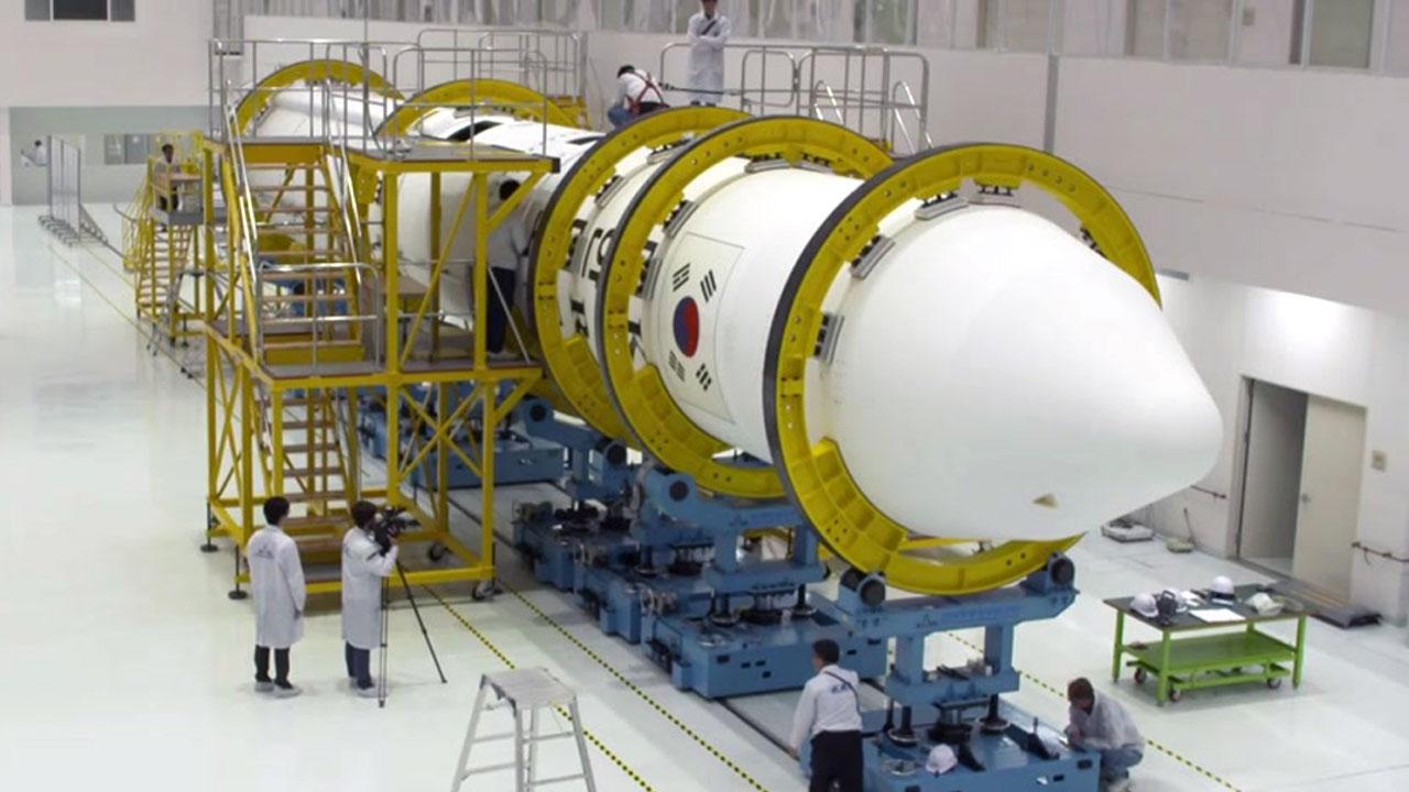 우주 강국의 꿈 향한 첫 도전...시험발사체 준비 완료!
