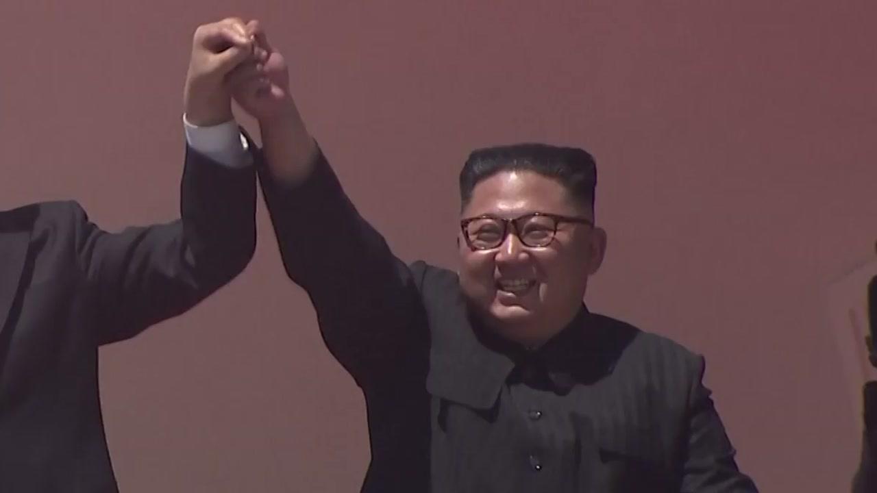 """""""北 열병식서 ICBM 등장 안 해""""...수위 낮춘 듯"""