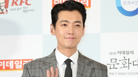 [단독] 정경호, tvN '진심이 닿다' 주인공...대세 행보 잇나