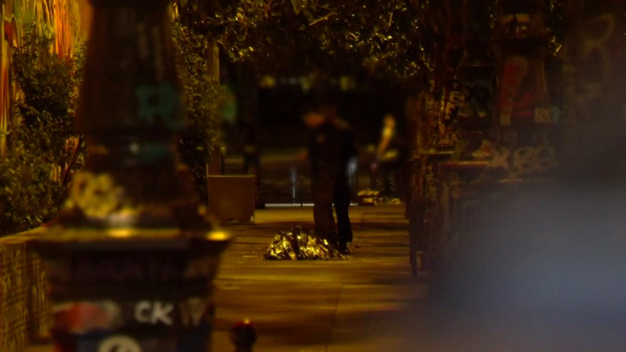 파리에서 시민들이 흉기난동범 제압...더 큰 참사 막아