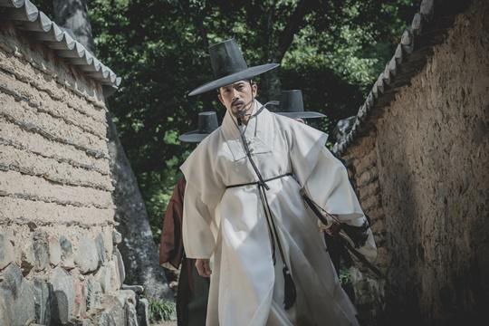 """지성 """"'명당', 안 할 이유 없었다, 배우들 연기에 감동"""""""