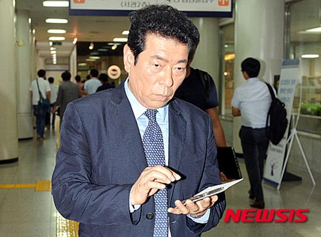 혜은이 남편 김동현, 사기 혐의로 법정구속 '징역 10개월'