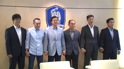벤투 감독, 김학범 U-23팀 감독과 협조 다짐