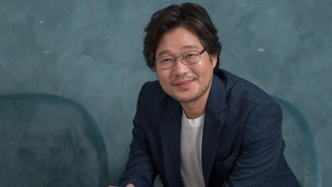 [Y터뷰] 유재명, 7만원 출연료부터 100편 다작 배우되기까지