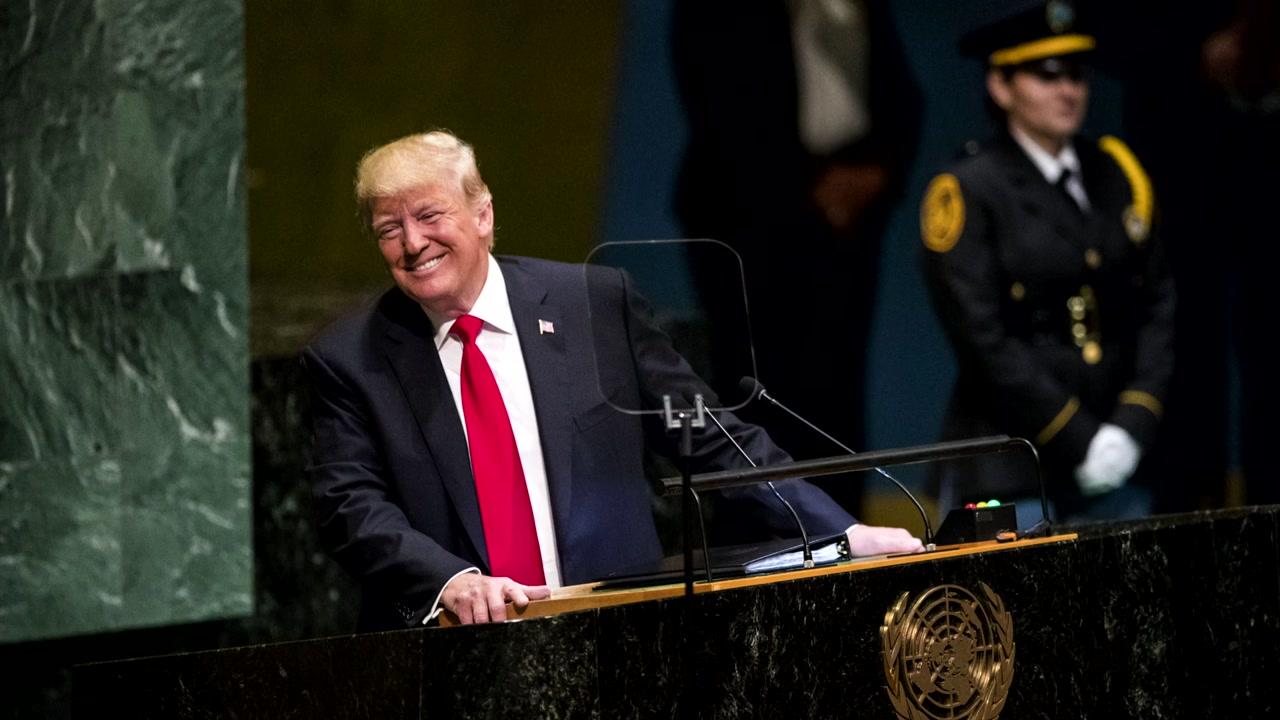 트럼프 자화자찬에 유엔 총회장 '웃음바다'