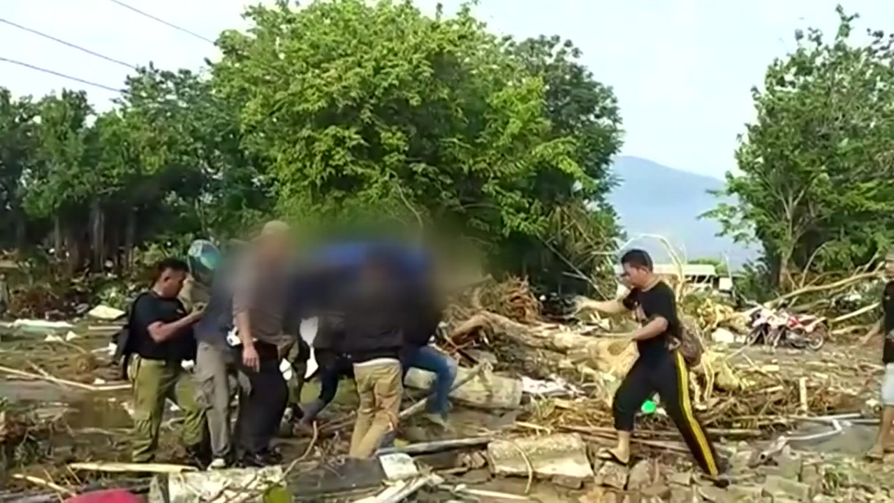 """""""인도네시아 강진·쓰나미로 사망자 수천 명 될 수도"""""""