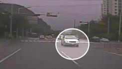 위험한 졸음운전...운전자들 빠른 대처로 큰 사고 막았다