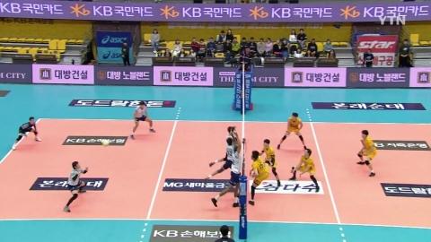 KB손해보험,  시즌 첫 승