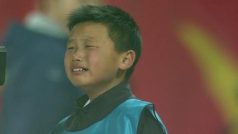 아프니까 축구다...볼키즈의 뜨거운 눈물
