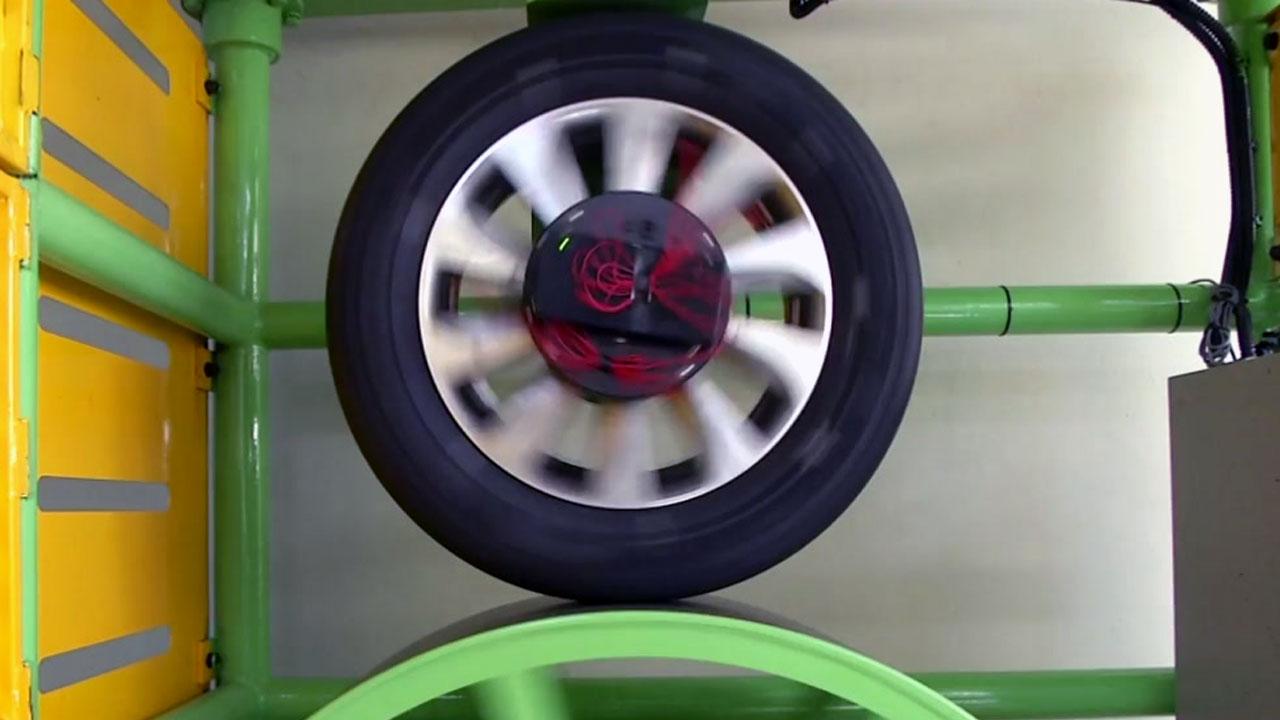 '스스로 충전·안전 점검하는' 스마트 타이어