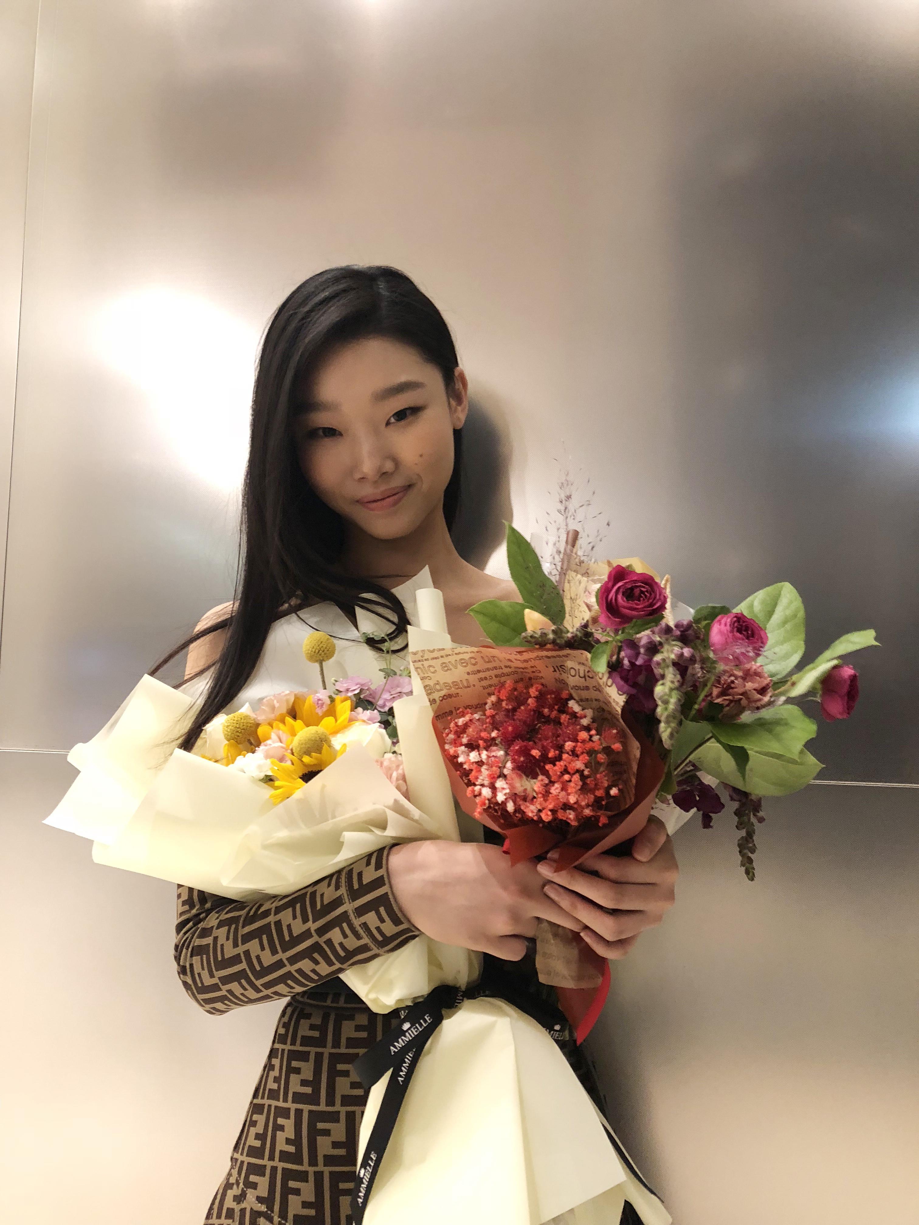 모델 배윤영, '엘르 스타일 어워즈 2018' 톱 모델 상 수상!