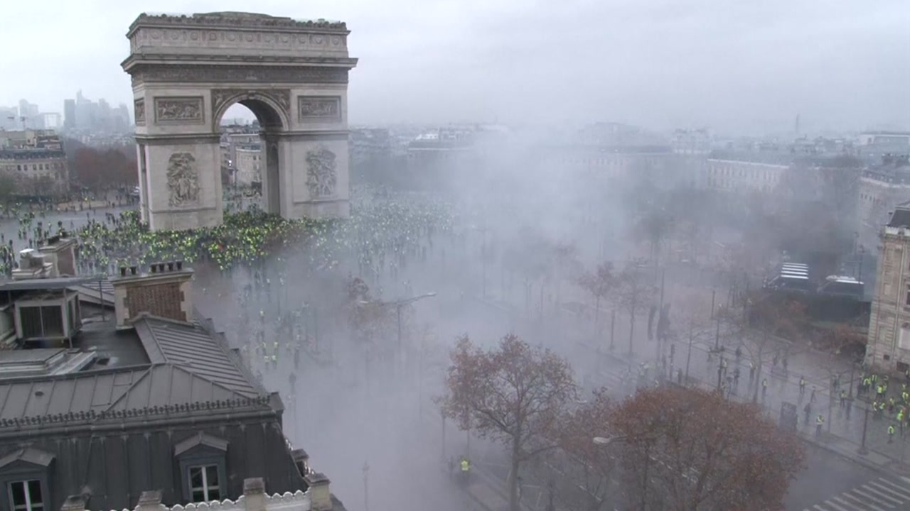 프랑스, 성난 민심에 정책 U턴...주말 반정부 집회
