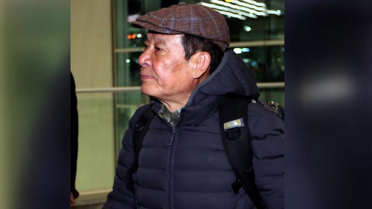 윤장현 전 시장 입국...내일 검찰 출석
