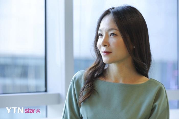 """왁스 """"휘성, 신곡 '해 뜨는 방향' 참여…디테일하게 작업"""""""