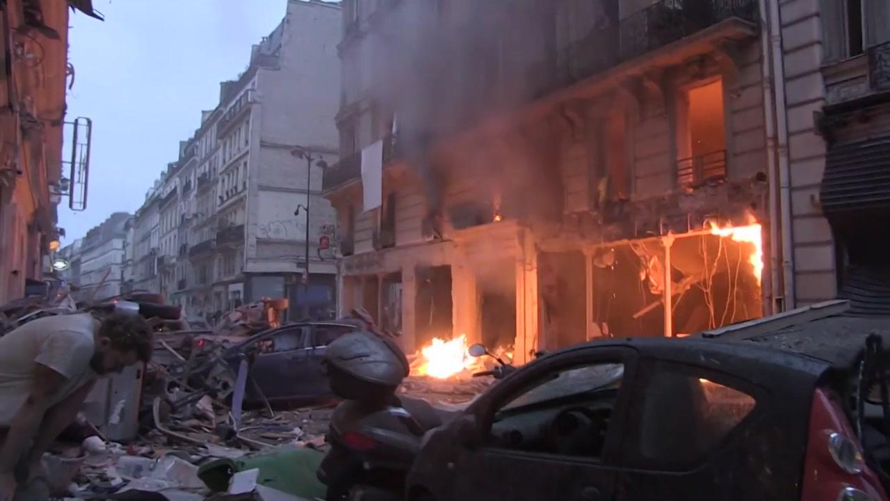 파리 중심가 가스폭발 '아비규환'...3명 사망·47명 부상