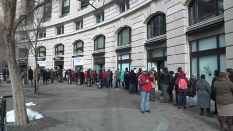 '생계 어려워'…무료 급식소 전전하는 美 공무원들