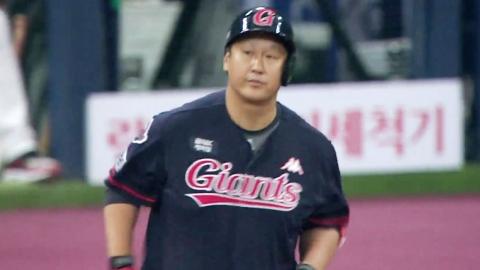 롯데 이대호, 25억 원으로 3년 연속 KBO 리그 연봉킹