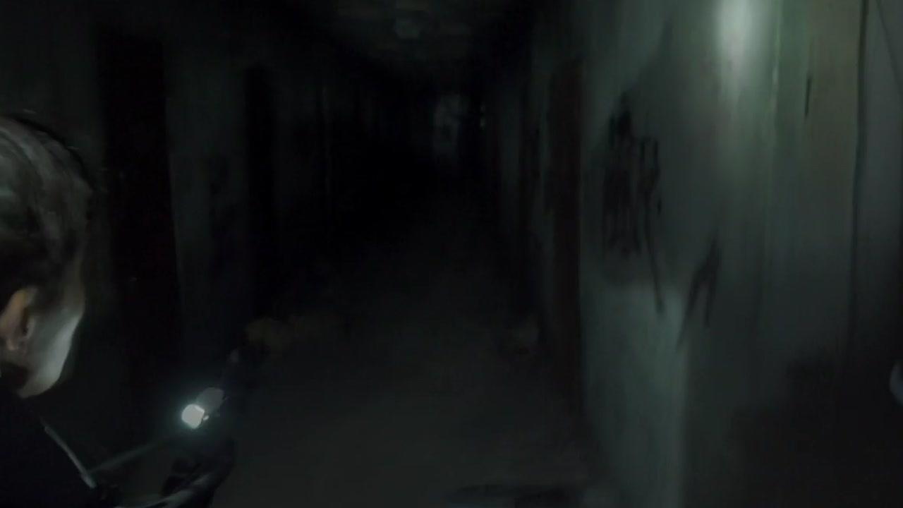 '흉가체험' 방송하던 BJ...실제 시신 발견 '아연실색'