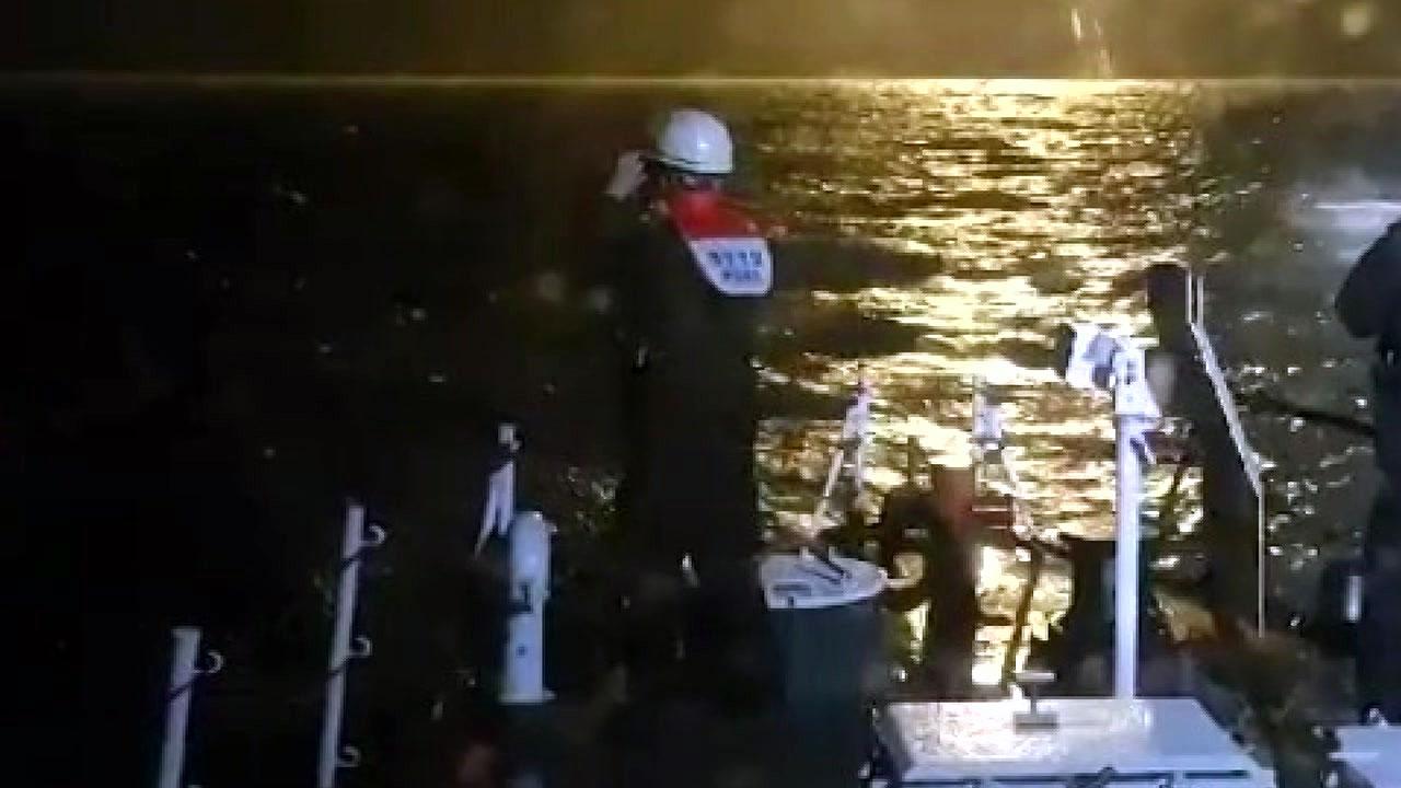 침몰한 예인선 실종자 한 명 숨진 채 발견