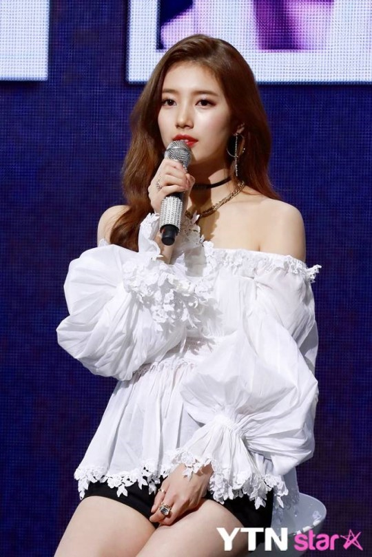 """매니지먼트 숲 측 """"수지와 전속계약, 세부사항 조율 중"""" (공식)"""