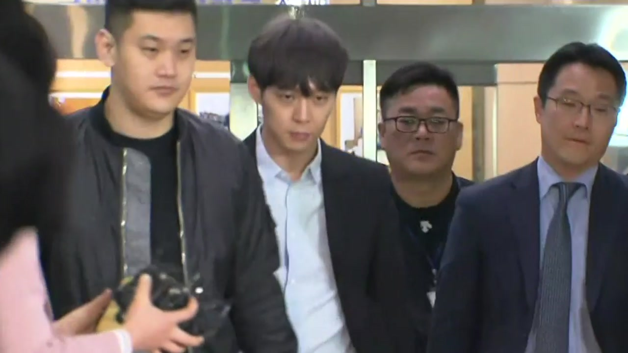 """오늘 박유천 재소환...""""결백"""" 주장 되풀이 할까?"""