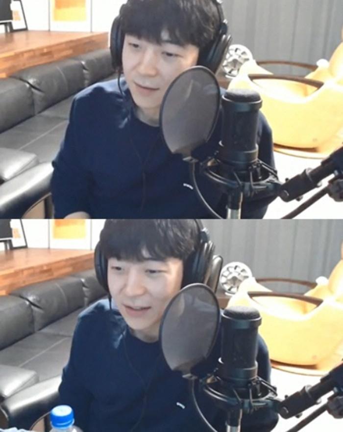 """박유천 동생 박유환, 개인방송 재개 """"우리 가족은 괜찮다"""""""