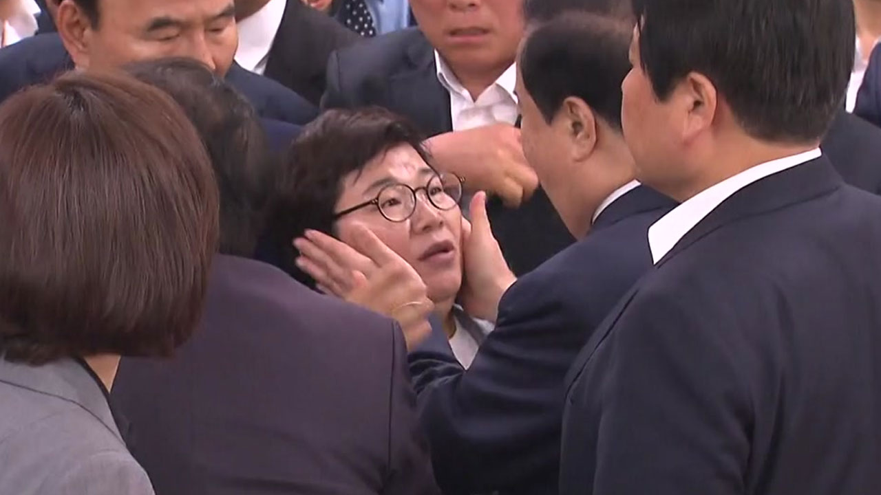 [영상] 문희상 의장 '저혈당 쇼크' vs 임이자 '정서적 쇼크'