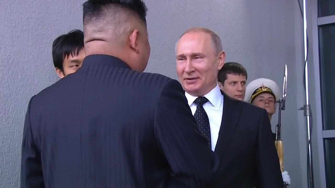 '지각대장' 푸틴, 오히려 김정은 기다렸다