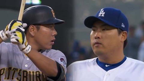 류현진·강정호 MLB 첫 맞대결...류현진 10K 시즌 3승