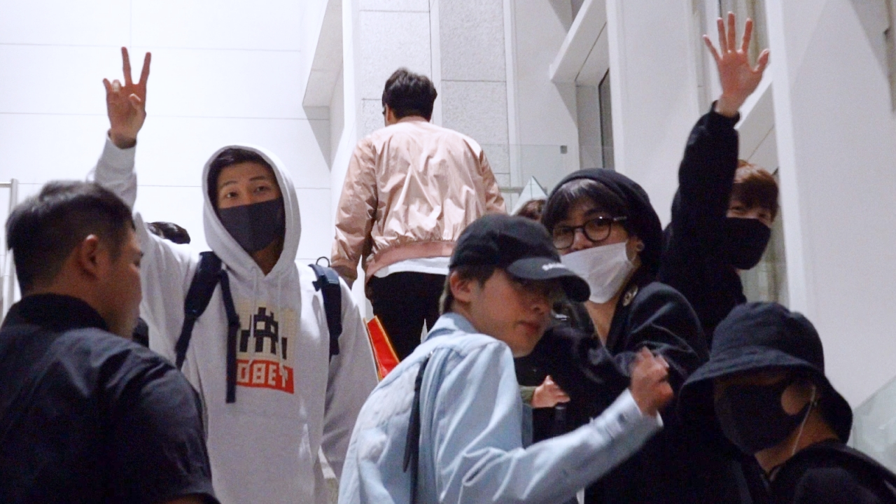 방탄소년단, 빌보드 뮤직 어워드 참석차 출국 '잘 다녀올게요'
