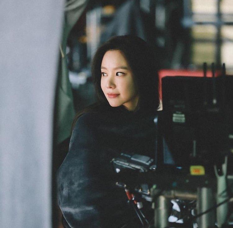 """김아중X김제동 """"휴가 갈 때 말해, 같이 가자""""... '굿모닝FM'서 절친 인증"""