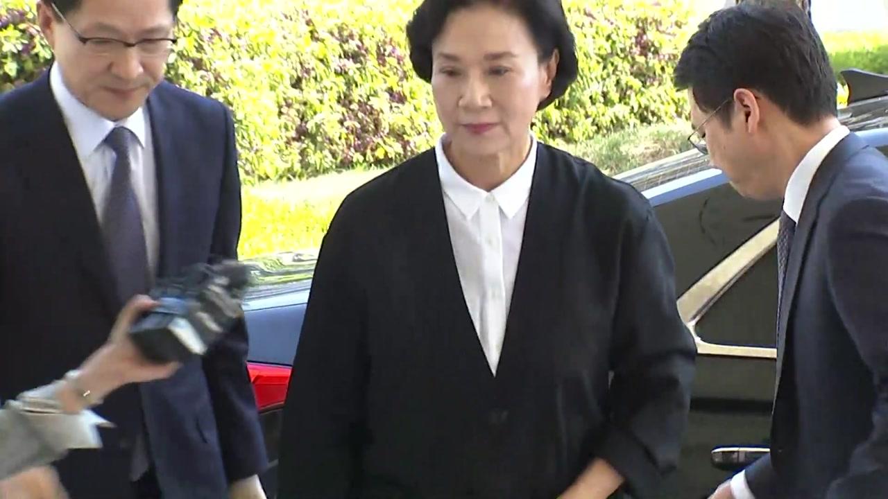 검찰, '밀수 혐의' 이명희·조현아에 징역형 구형