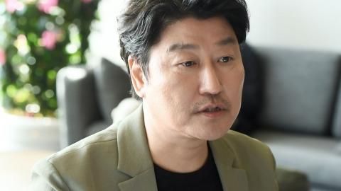 [Y터뷰 in 칸] 송강호가 봉준호 감독 전화에 불안해한 이유