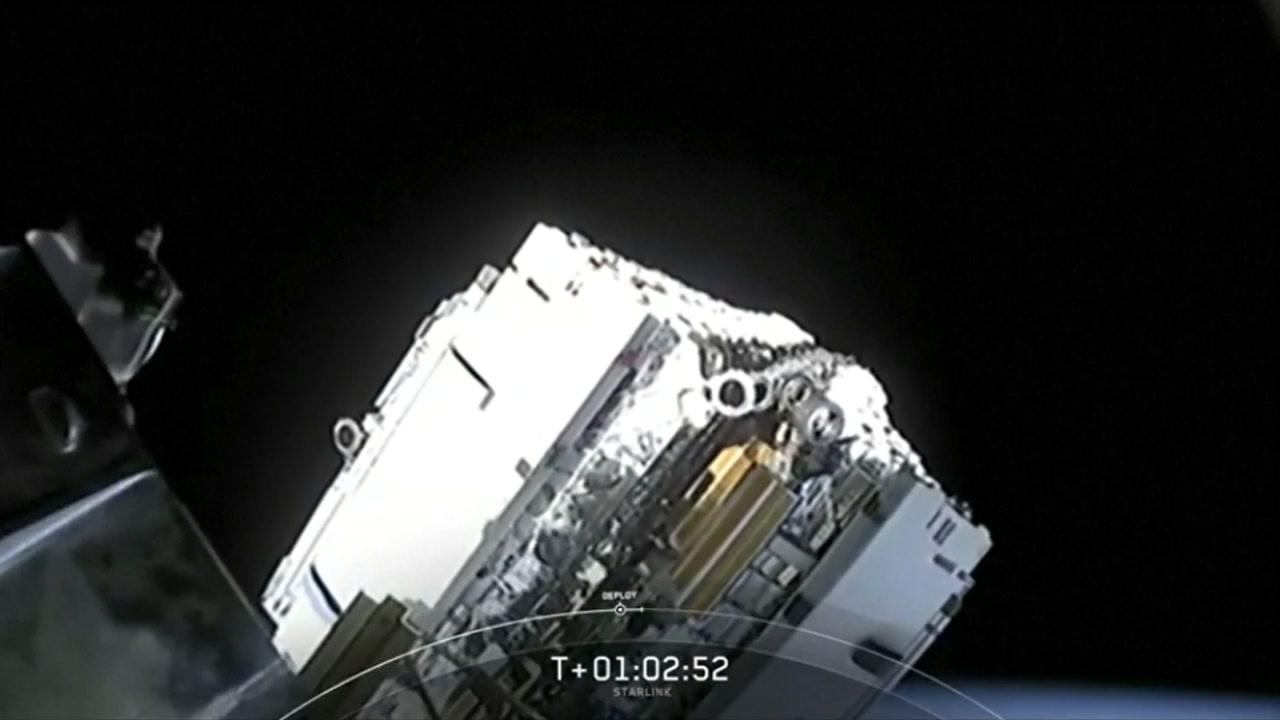 스페이스X 소형위성 60기 발사...우주 인터넷 서막