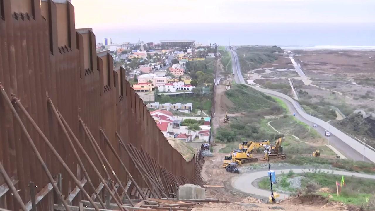 """美 법원, 국경장벽 건설 제동...""""의회 승인 없이는 위헌"""""""
