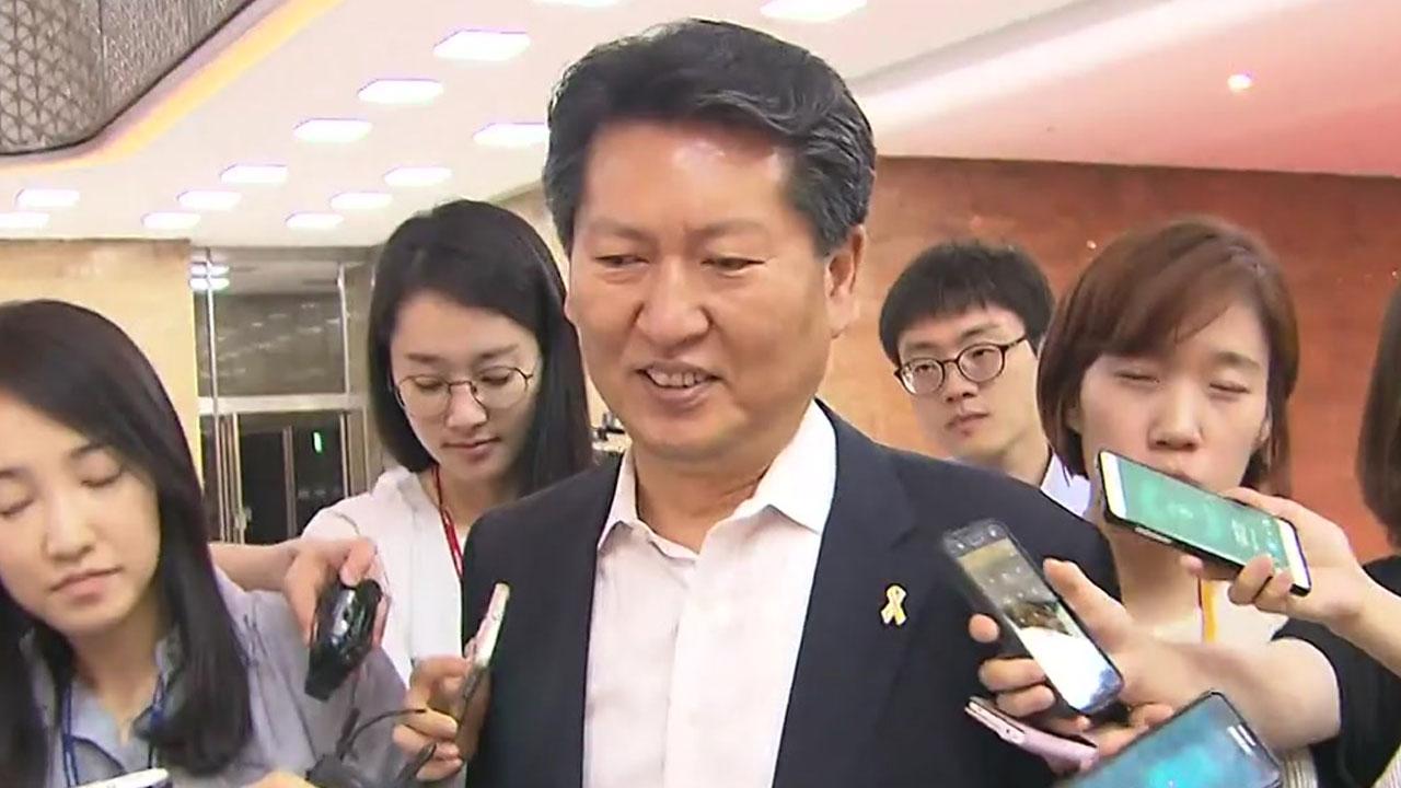 """정청래 """"물타기 말라""""...강효상 논란, 정국 새로운 불씨"""