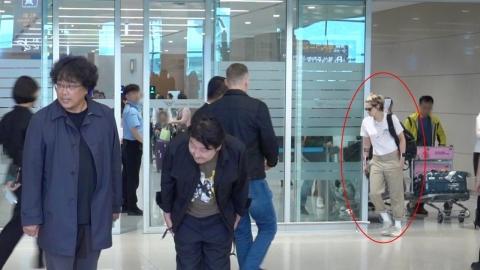 [Y포토] 크리스틴 스튜어트 왔다고? 봉준호·송강호 입국현장 깜짝 포착