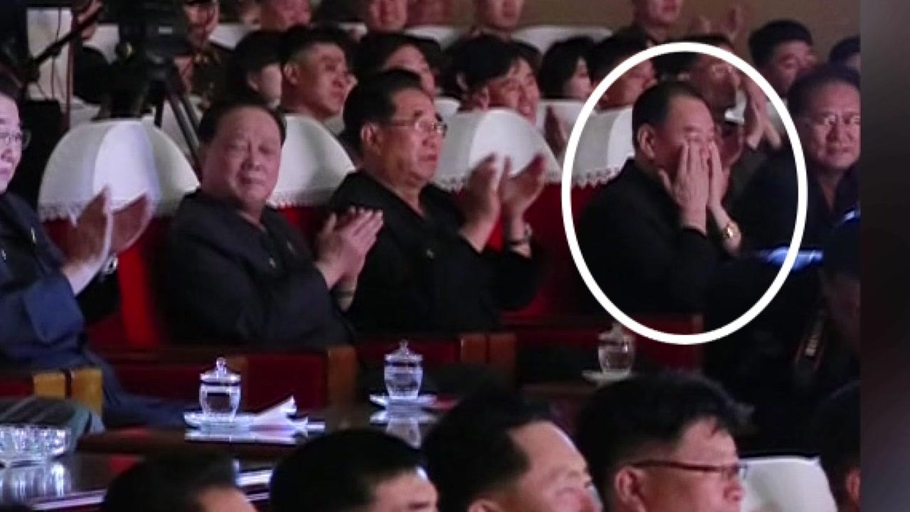 北김영철 50여 일 만에 등장...'건재' 확인