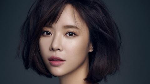 [단독] 황정음, 인기웹툰 원작 '쌍갑포차' 여주인공…육성재와 호흡
