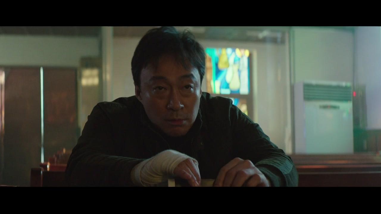 범죄 스릴러 '비스트' vs 실화 바탕 '스트롱거'