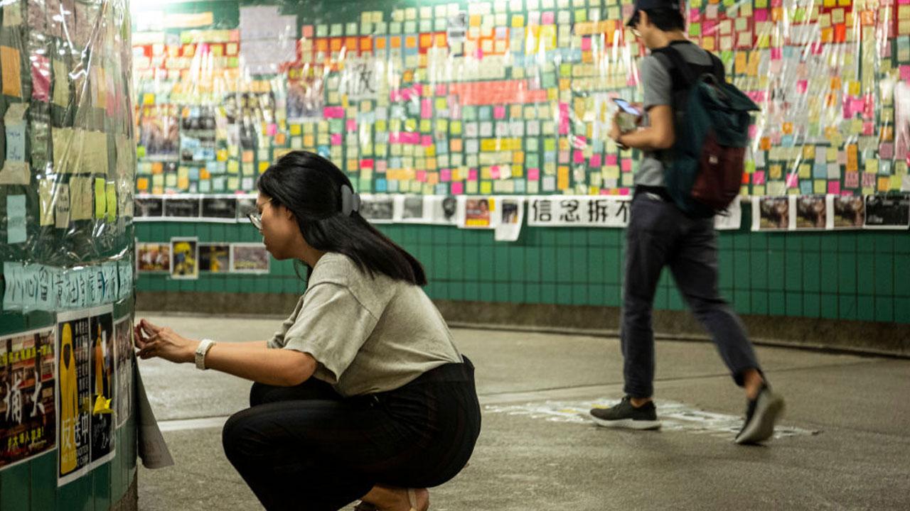 홍콩 송환법 반대 시위 음료로 떠오른 '포카리 스웨트'